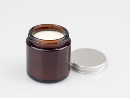 Sójová sviečka v hnedej sklenenej nádobke Ambra